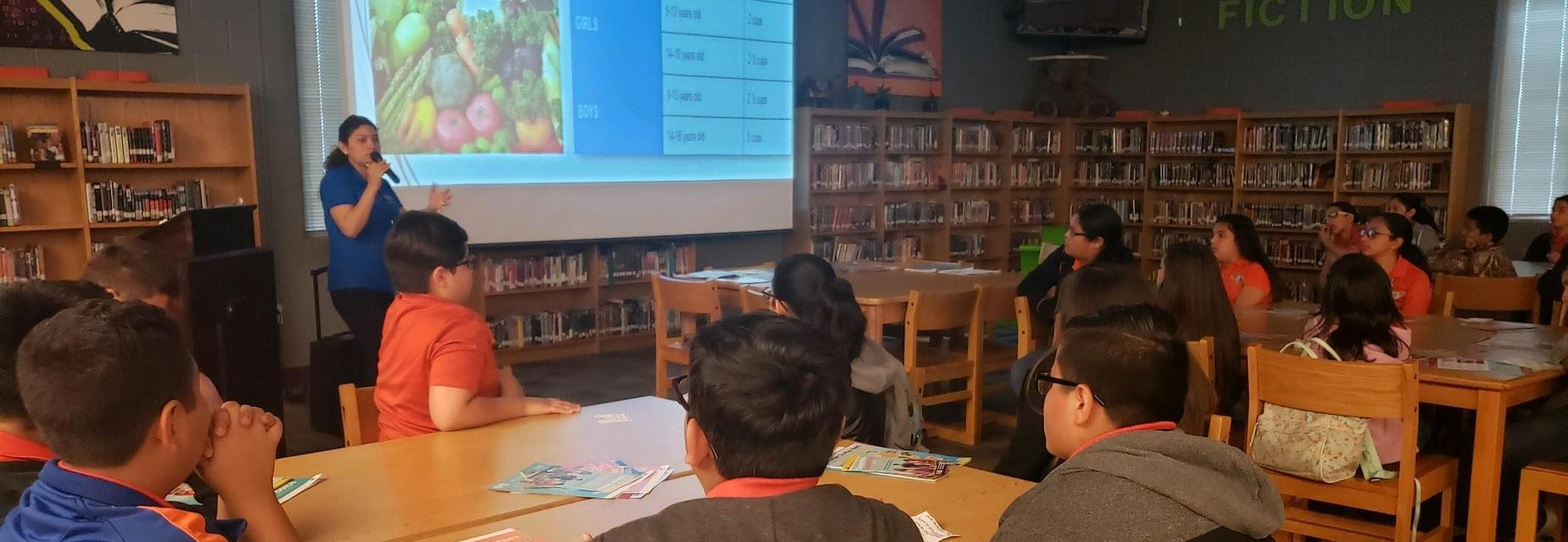 Mission CISD CMP teaching students about healthy snack solutions