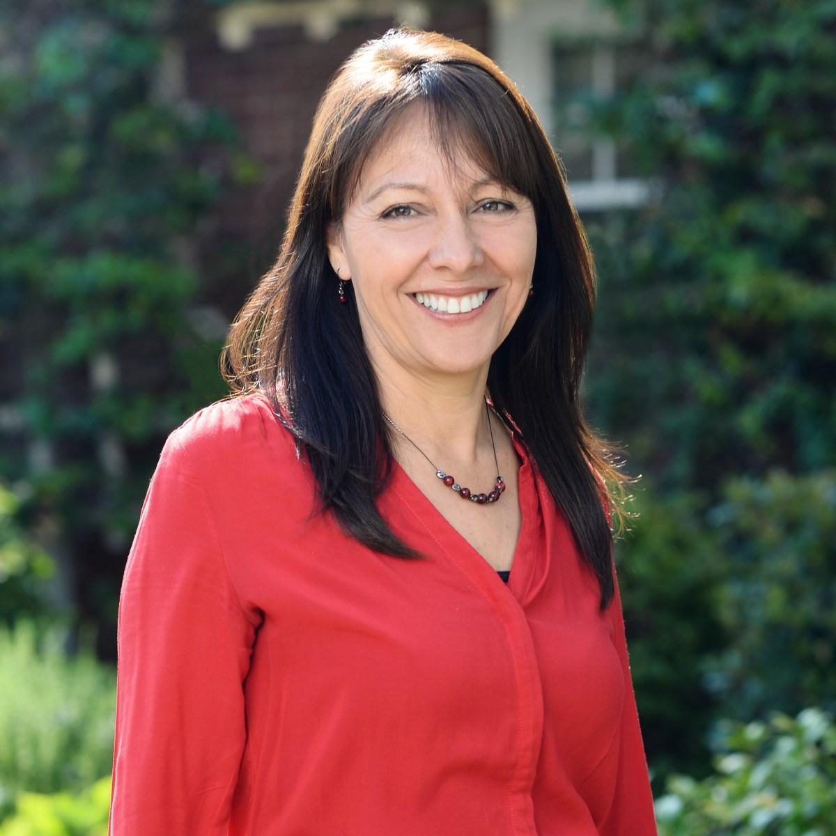 Elena O'Shea's Profile Photo