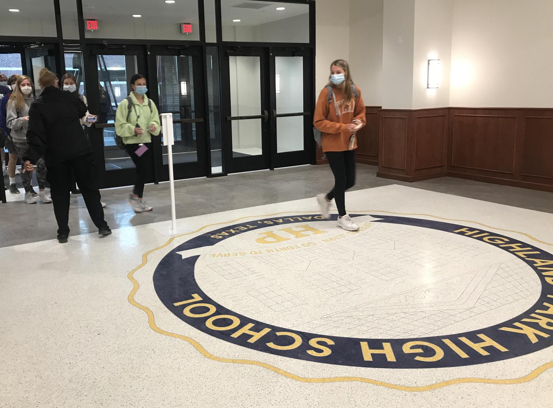 HPHS students enter new doors