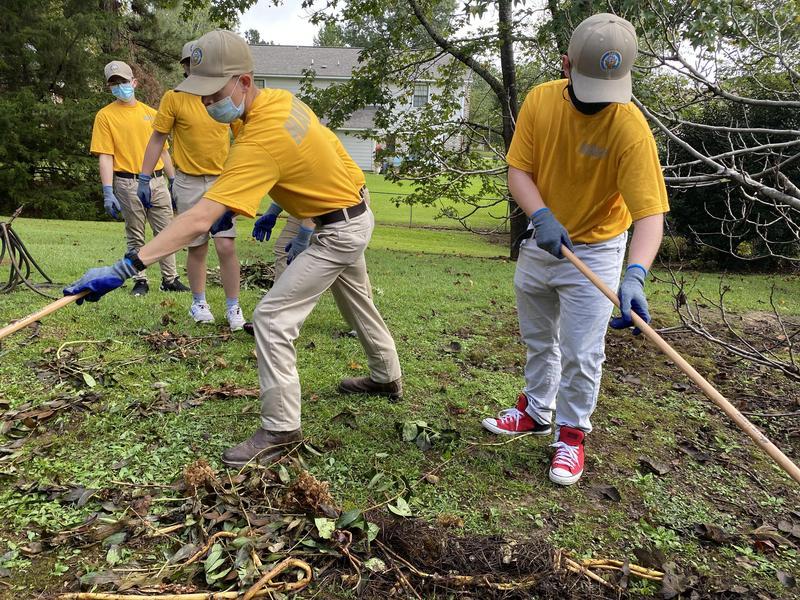 NEHS NJROTC Day of Service Volunteers