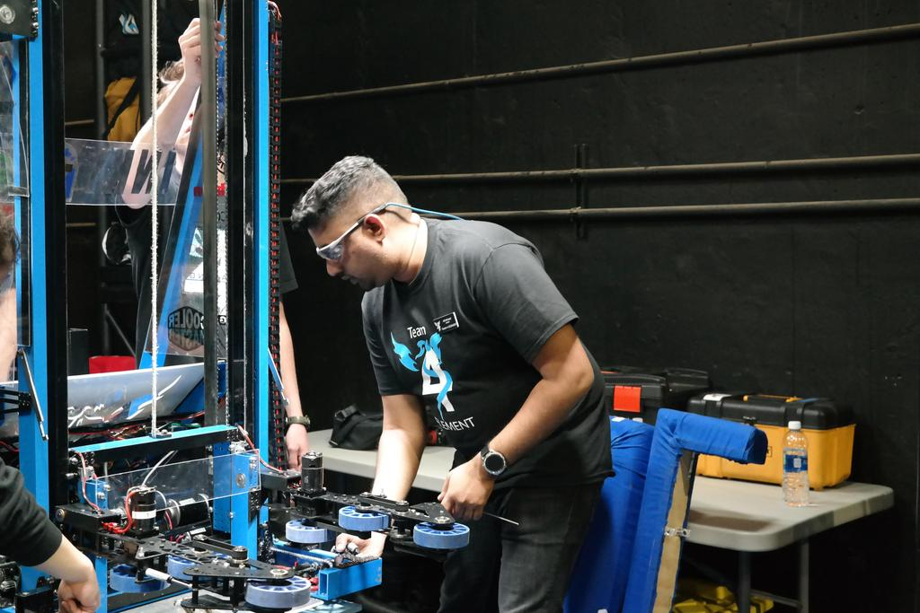 Ali working in pit