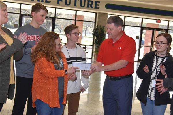 Pasadena Councilmember Schoenbein presents check to FJH theatre production