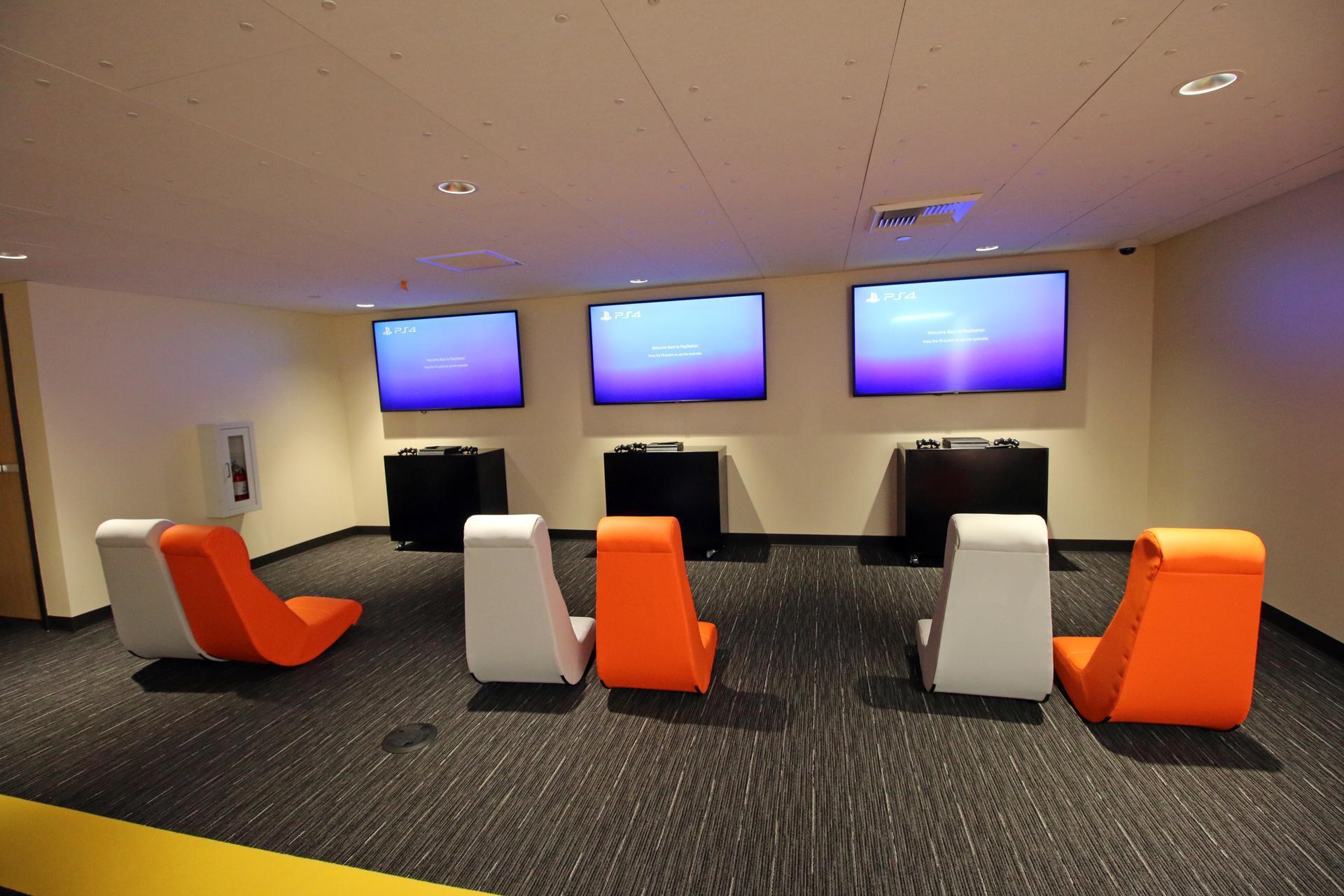 eHS e-gaming lounge