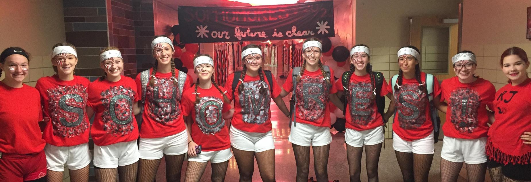 Sophomore's in spirit dress, 2017