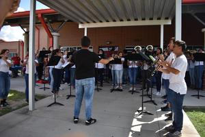MHS Band performing