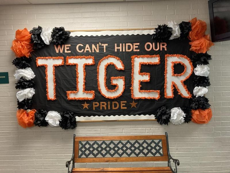 Tiger banner in the hall way