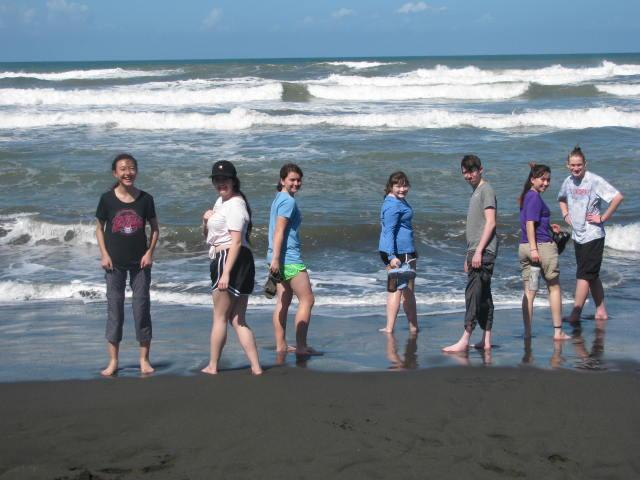 Students Venture to Costa Rica for Ecology Project Featured Photo