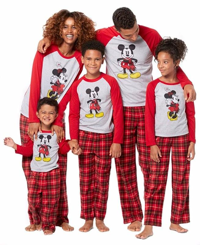 Matching-Family-Christmas-Pajamas-Amazon.jpg