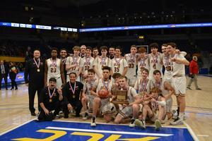 photo of the 2020 WPIAL Champion OLSH Boys Basketball team