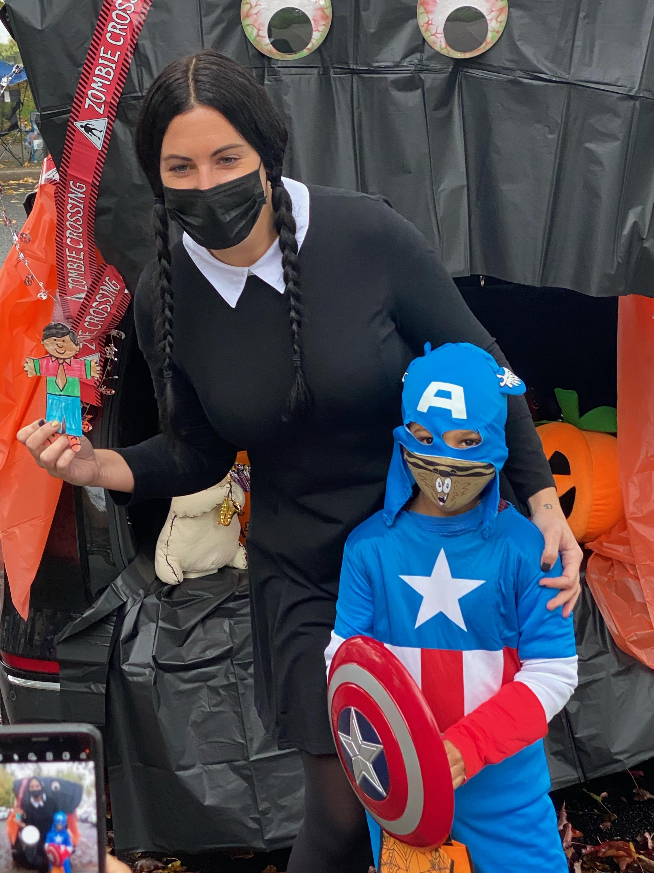 PS 16 trunk or treat