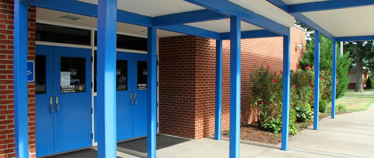 Charleston Middle School front entry