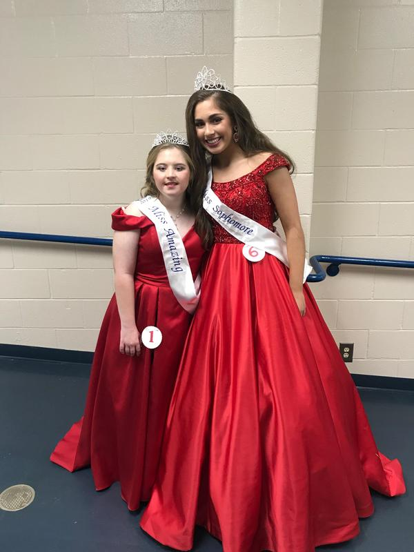 Winners from Miss Aquila event