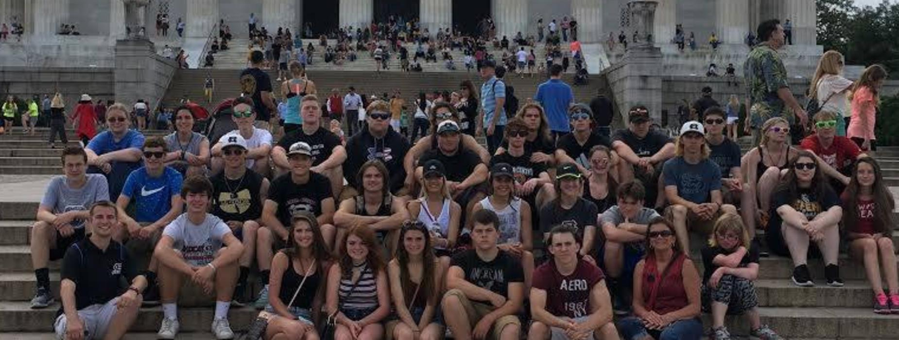 2018 Senior Class Trip to Washington DC on the steps of the Capital