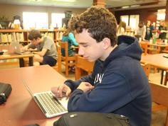 Student uses Technology
