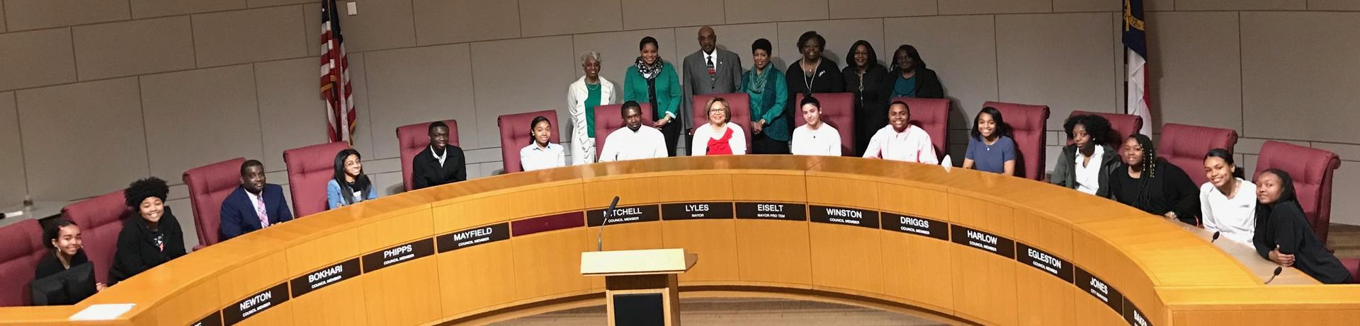 Berry Students and Mayor Vi Lyles