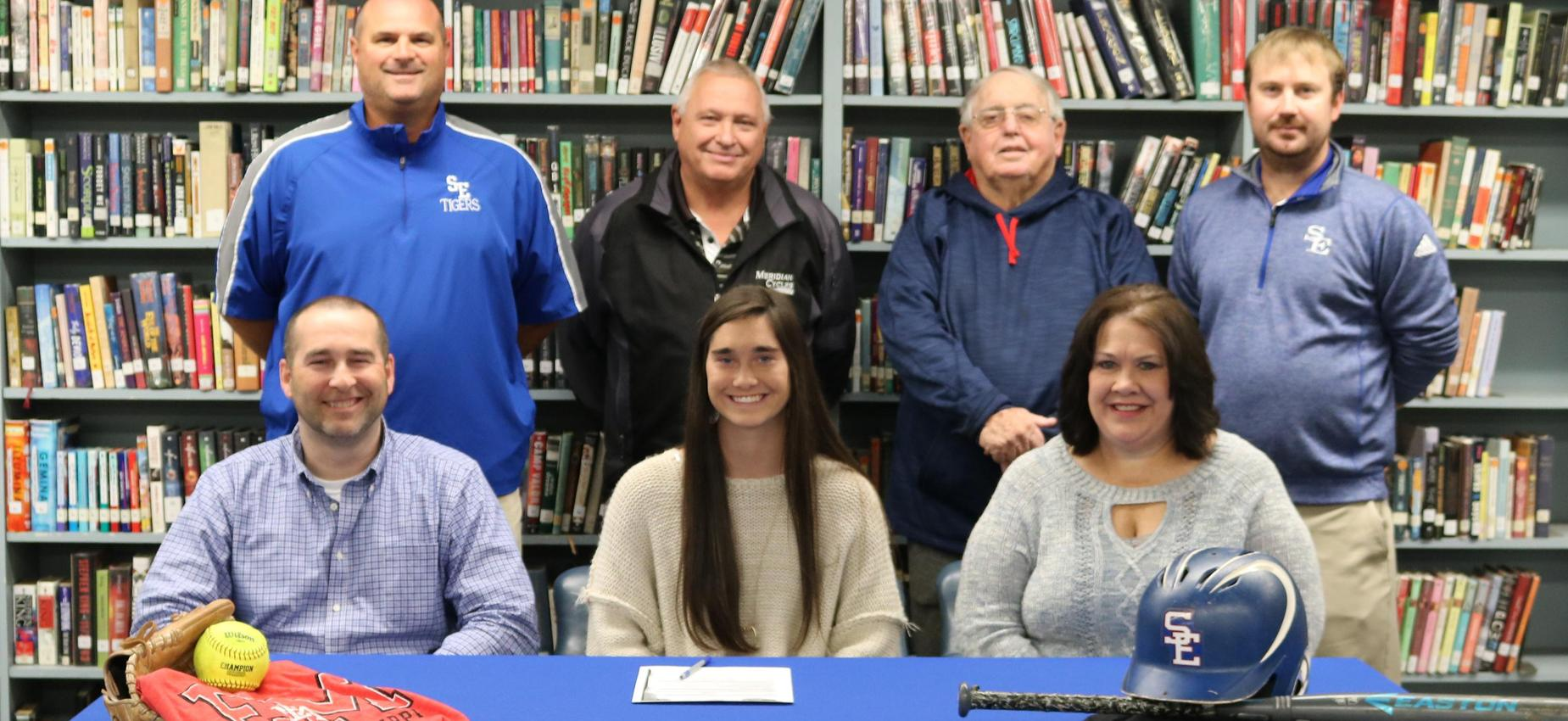 Lauren Pickett signs with EMCC Softball
