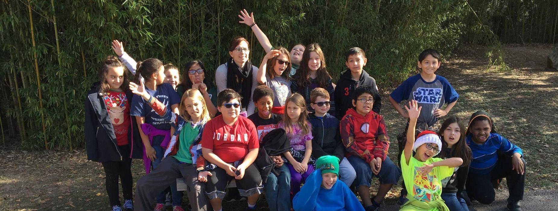 4th graders at the zoo