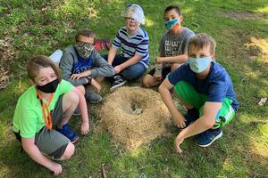 students building nest