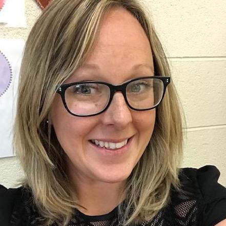 Elizabeth Jacky's Profile Photo