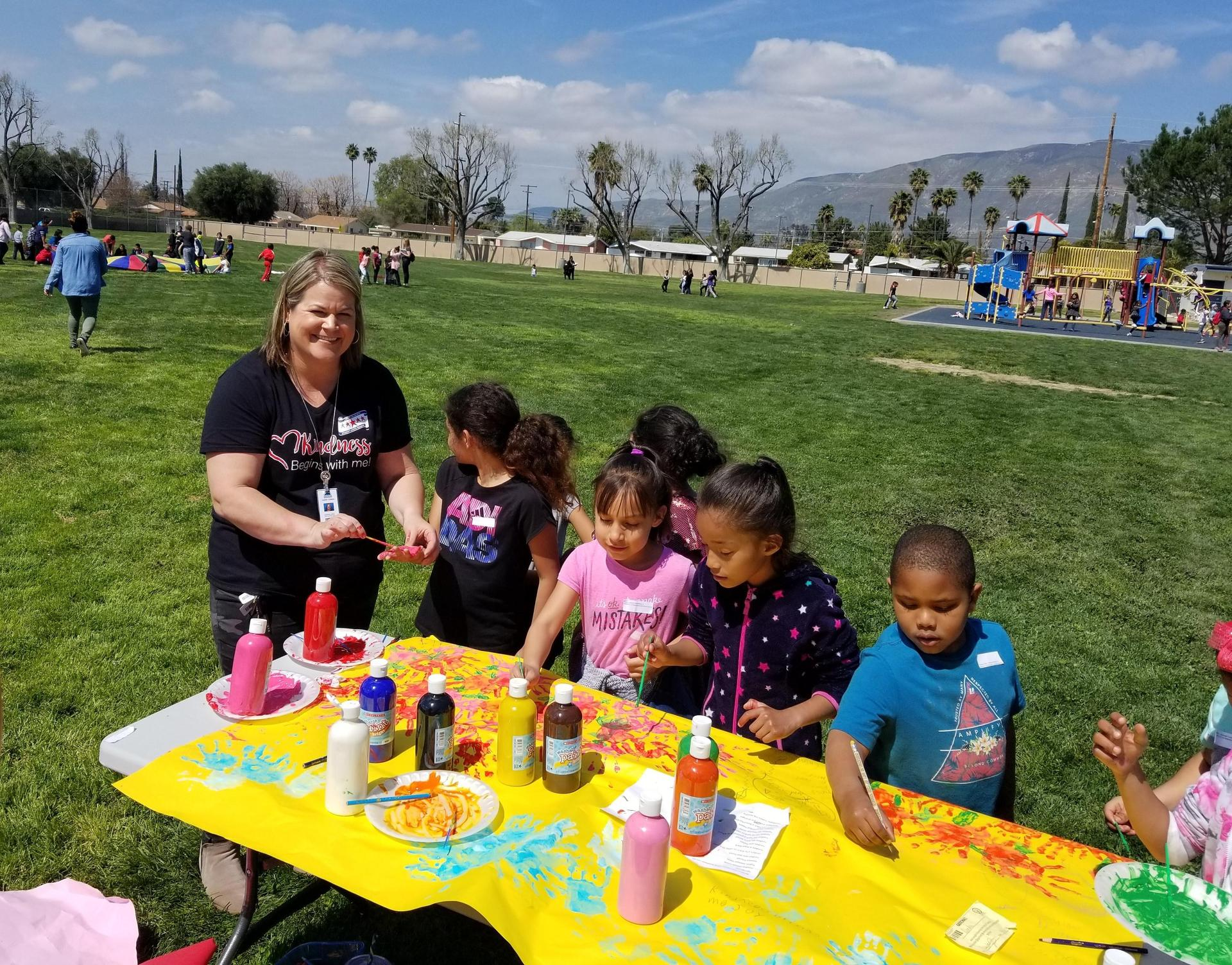 Hyatt Elementary students' perfect attendance activity