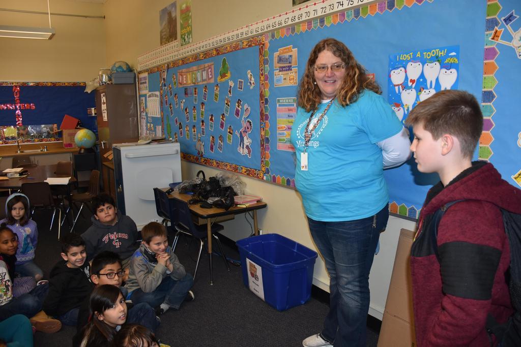 Teacher/Student giving presentation