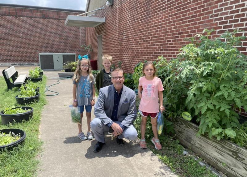1st Grade Gardeners