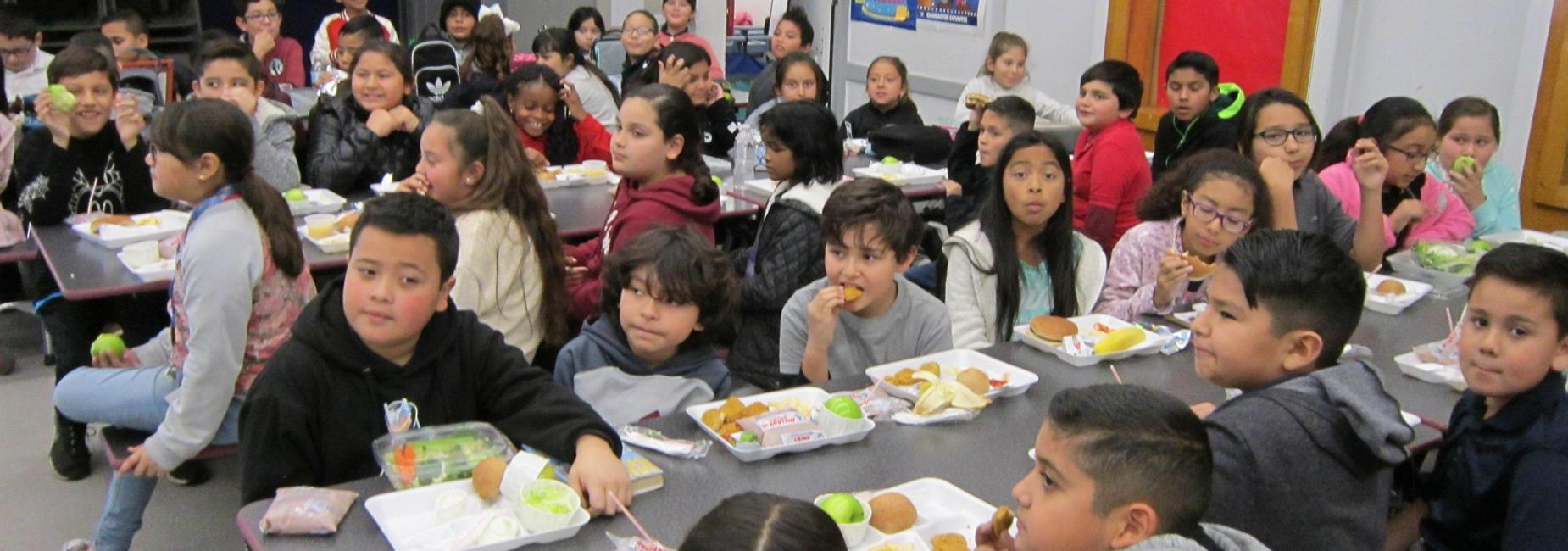 Students eat their lunch in the cafeteria