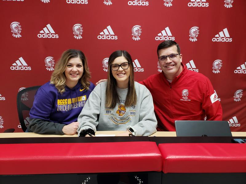 Payton Ginter Signs to play GOLF @ Dodge City CC