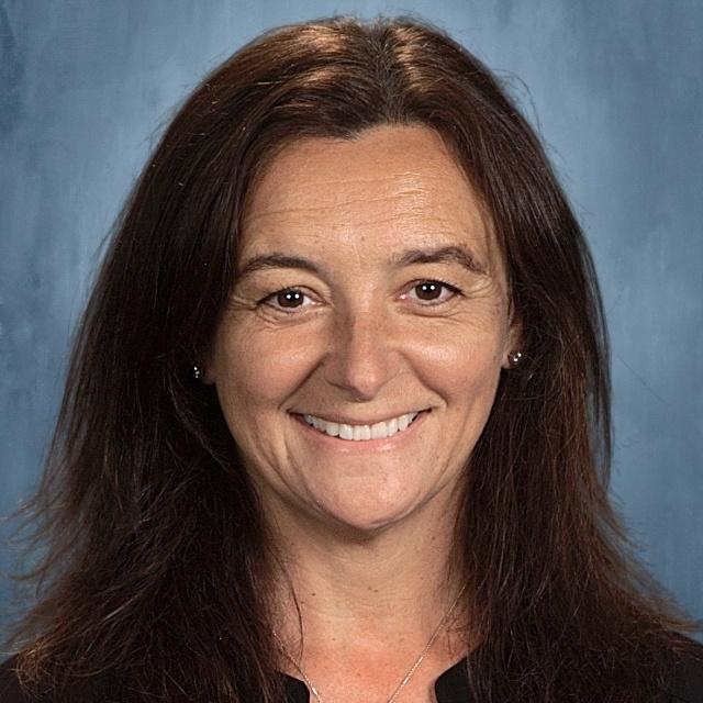 Julie Giove's Profile Photo