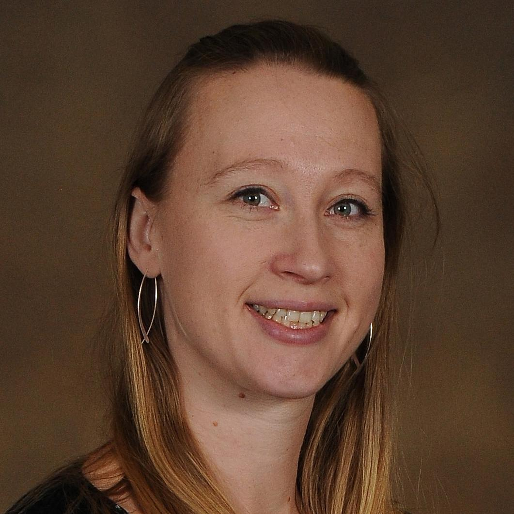 Angela Theriault's Profile Photo