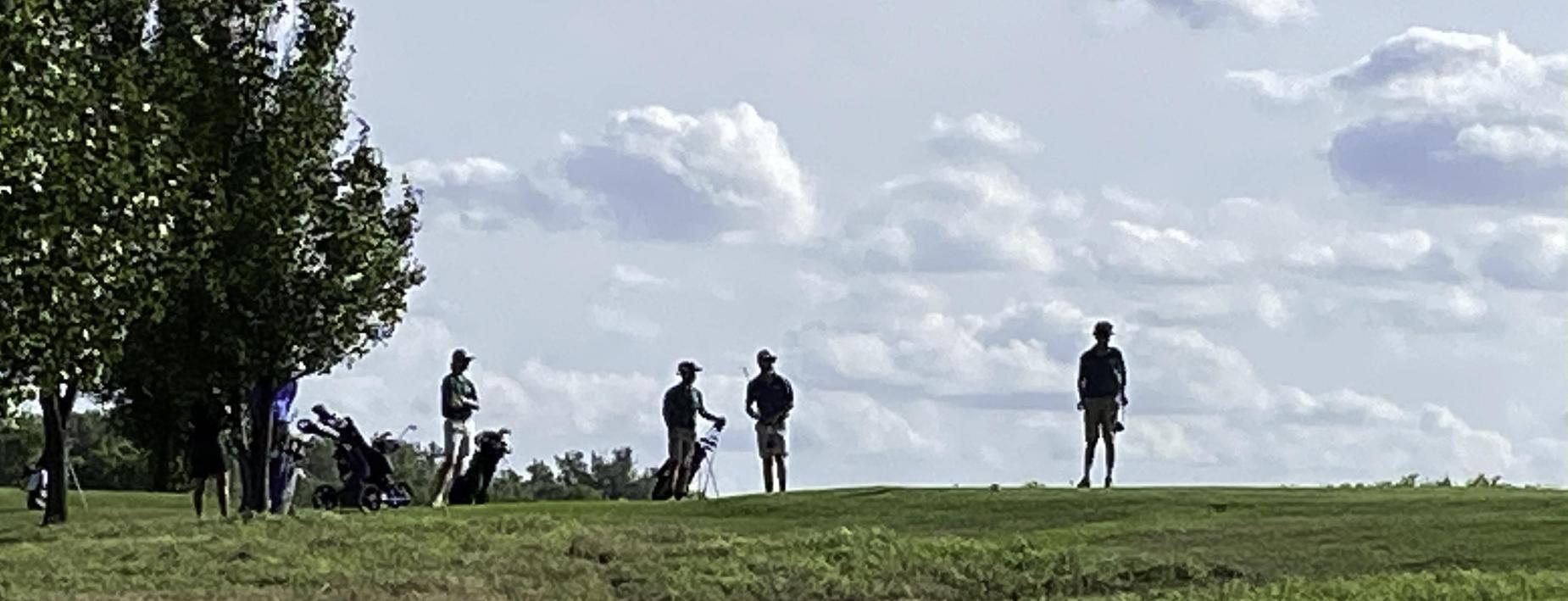 golfing at Cinder Ridge
