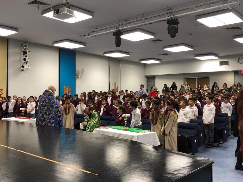 Holy Communion at AGBU MDS, Սուրբ Հաղորդութիւն ՀԲԸՄ Մանուկեան-Տեմիրճեան վարժարանէն ներս Featured Photo