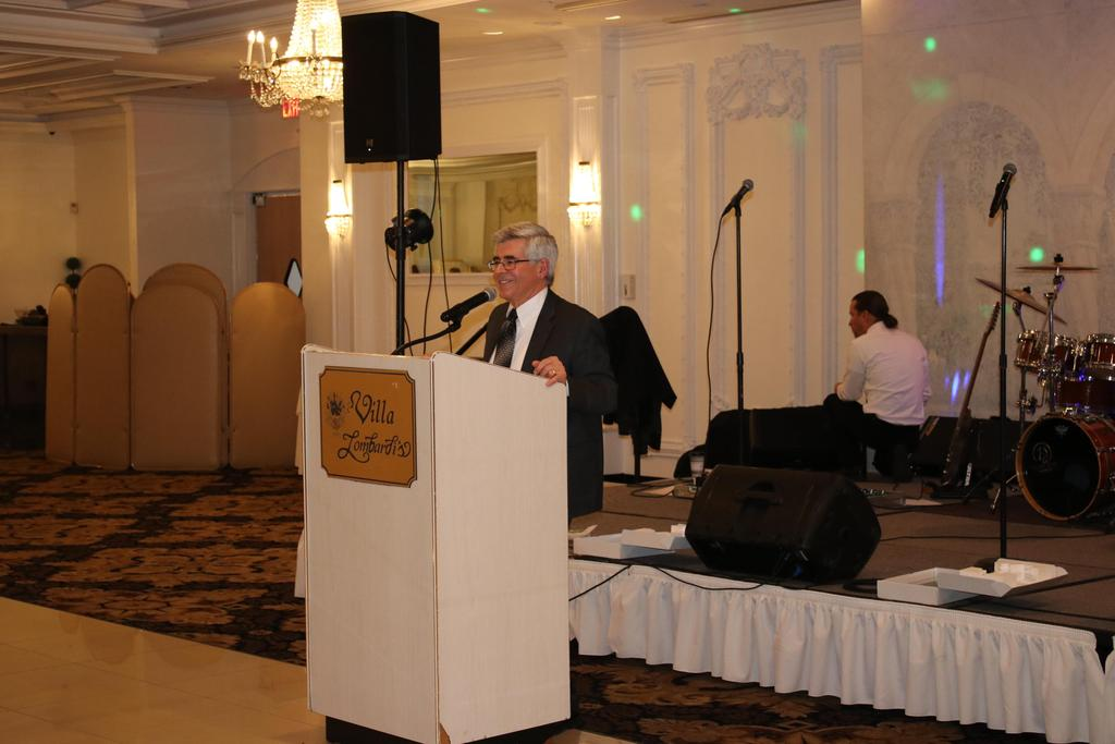 Executive Director speaking at the 2018 Stars Gala