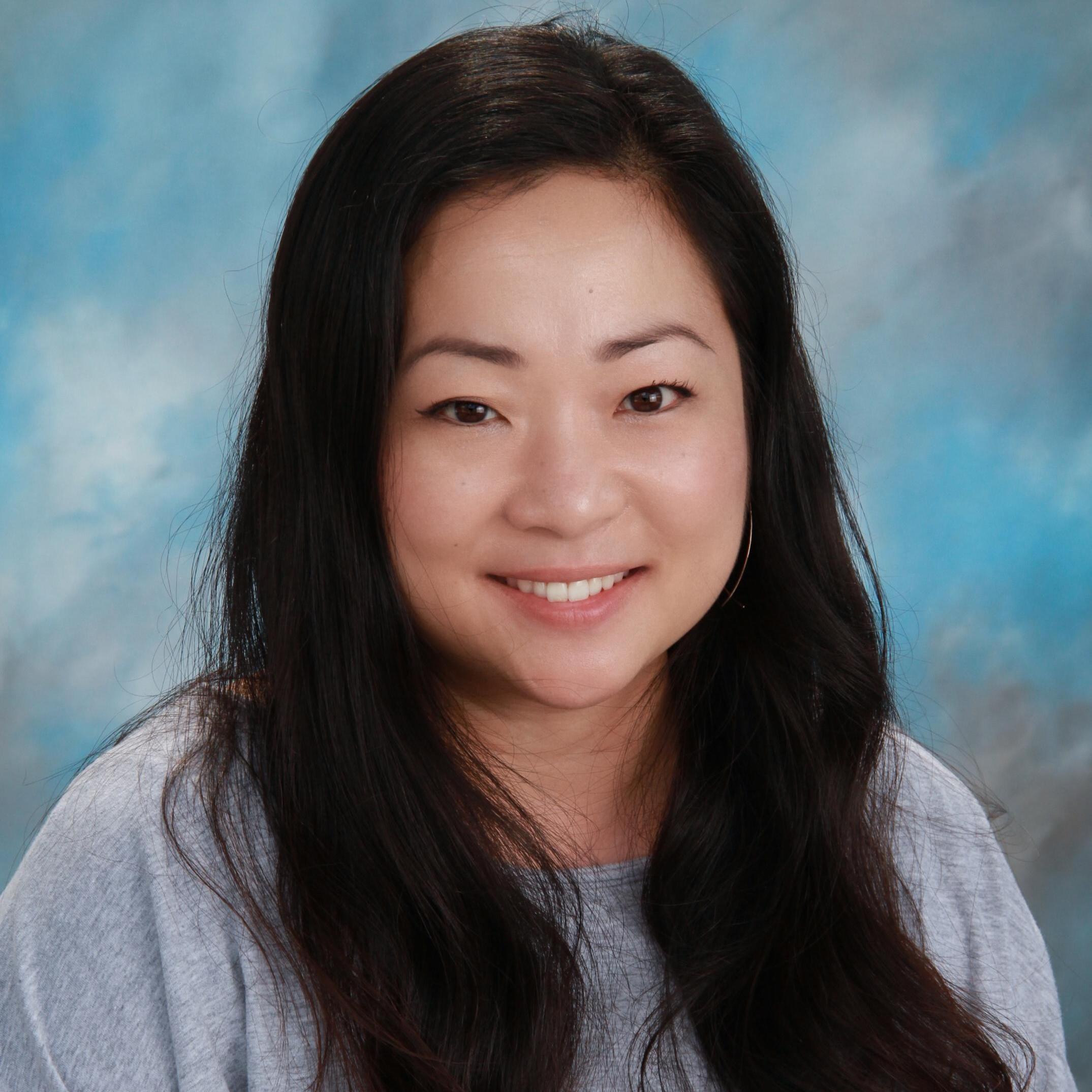 June Moon's Profile Photo