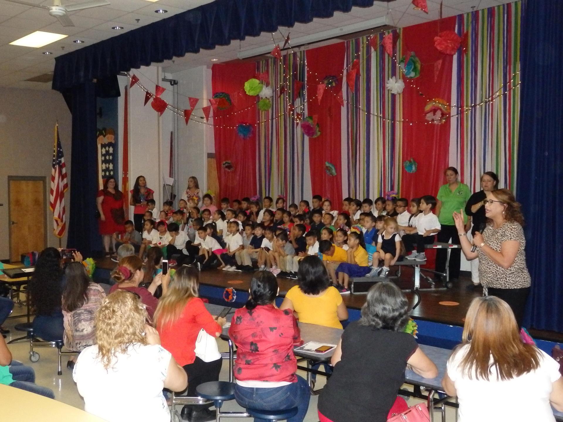 Principal addresses the Kinder students parent program