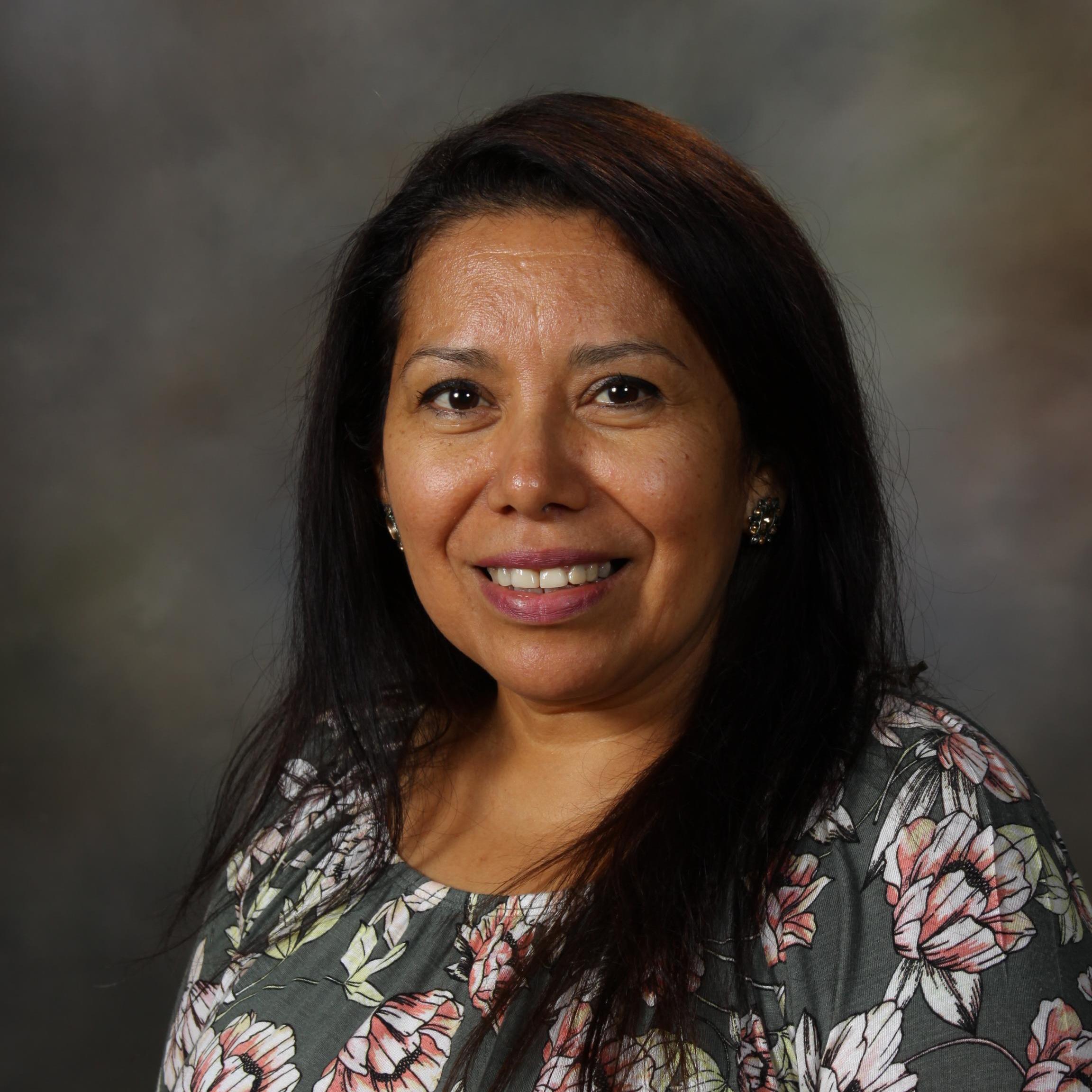 Lorena Hernandez's Profile Photo