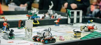 SF Hackers Advance to First Lego League Championship Tournament Thumbnail Image