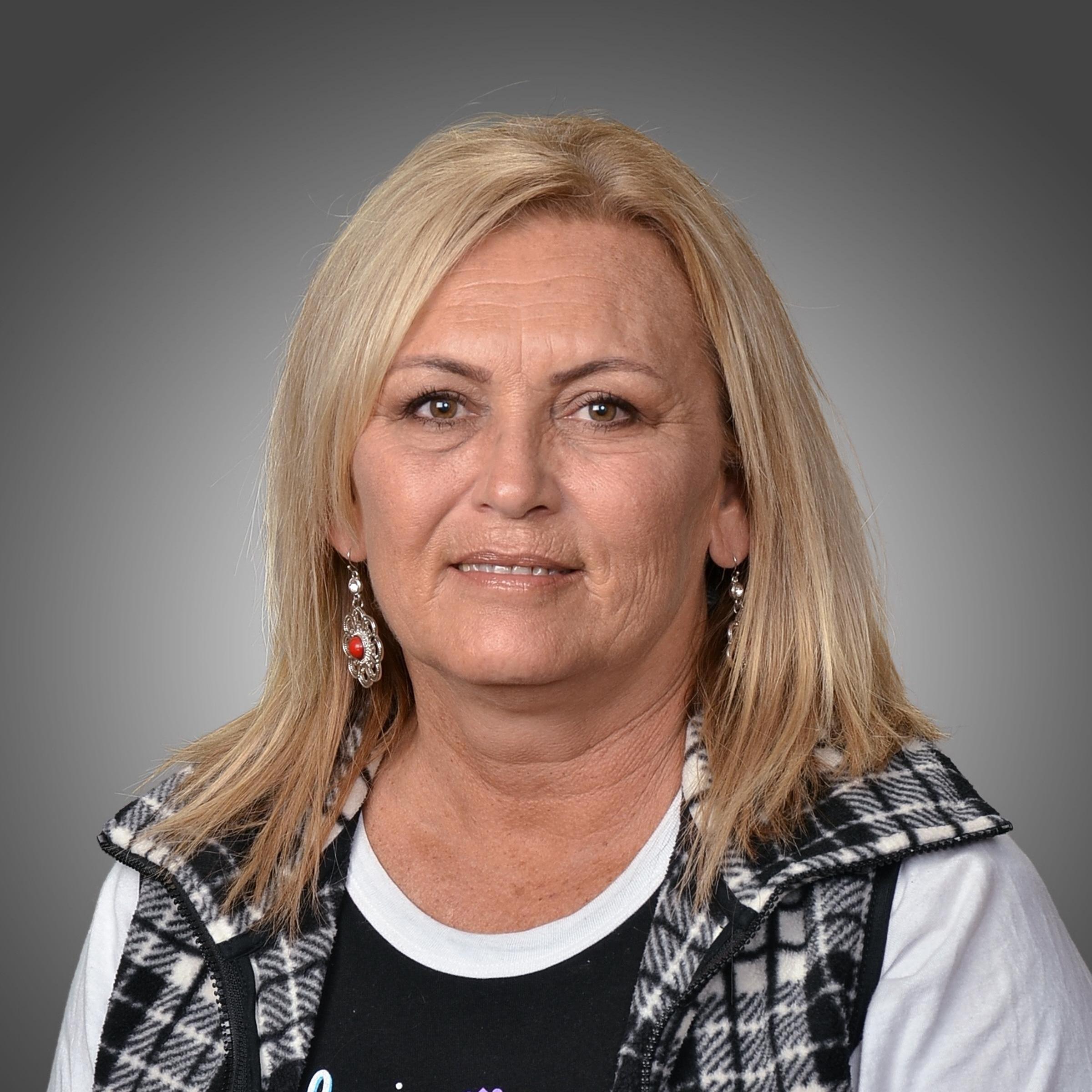 Carrie Bartlett's Profile Photo