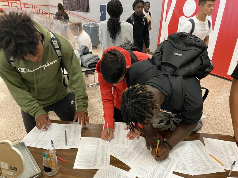 Students pledge to BE THE I IN KIND Featured Photo