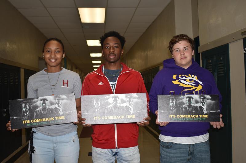 McComb High School Scholars receive Random Acts of Kindness Scholar Photos