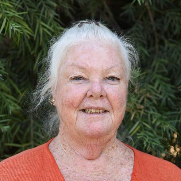 Linda Loewus's Profile Photo