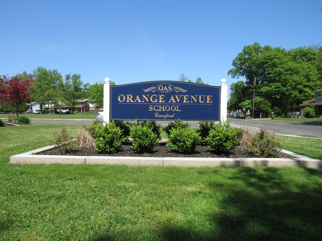 Orange Avenue School
