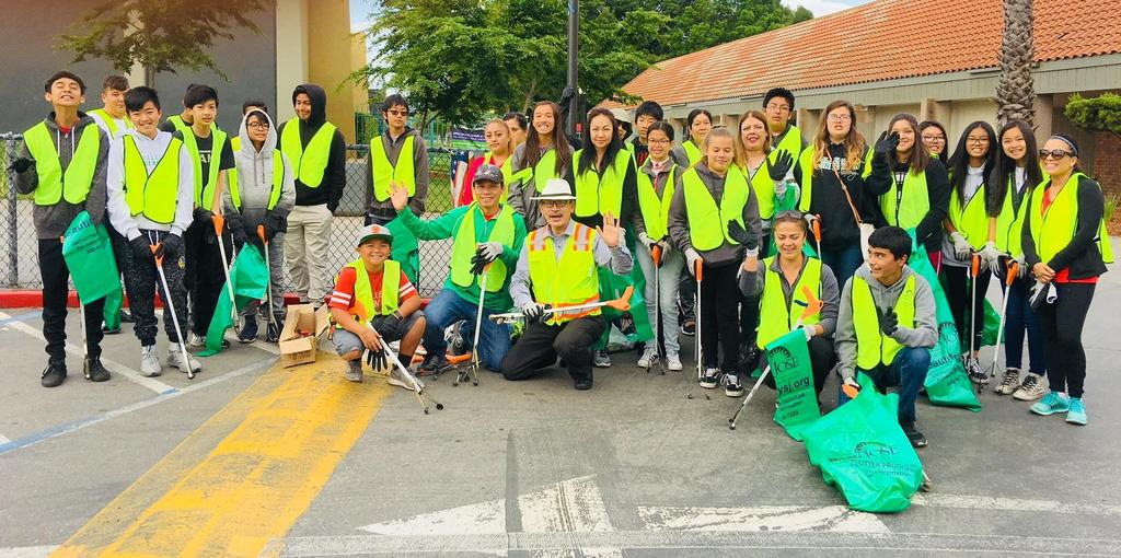 CCA students, family, and staff work together to clean up San Jose neighborhoods.