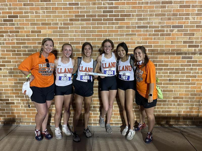 GIRLS STATE TRACK 400 X 400 RELAY 6TH PLACE FINISH! Featured Photo