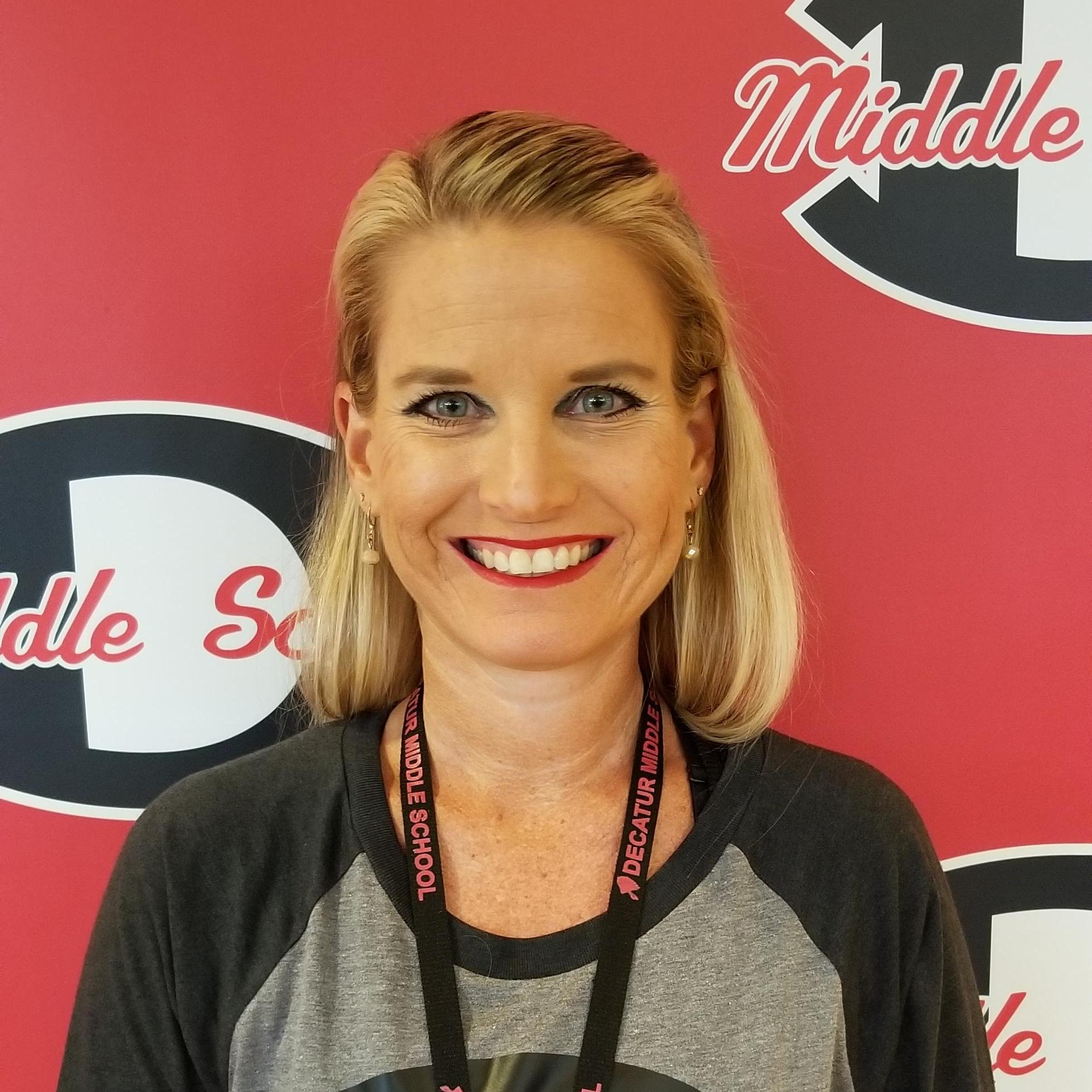 Robyn Dean's Profile Photo
