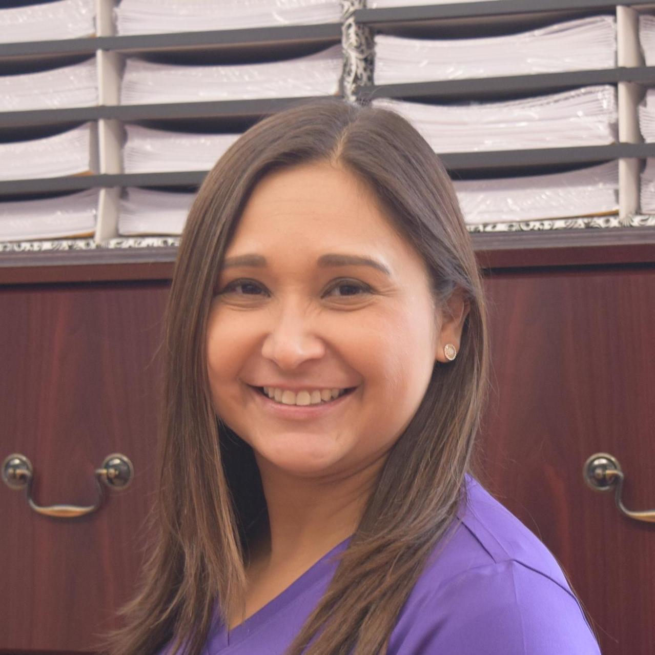 Rosalyn Martinez's Profile Photo