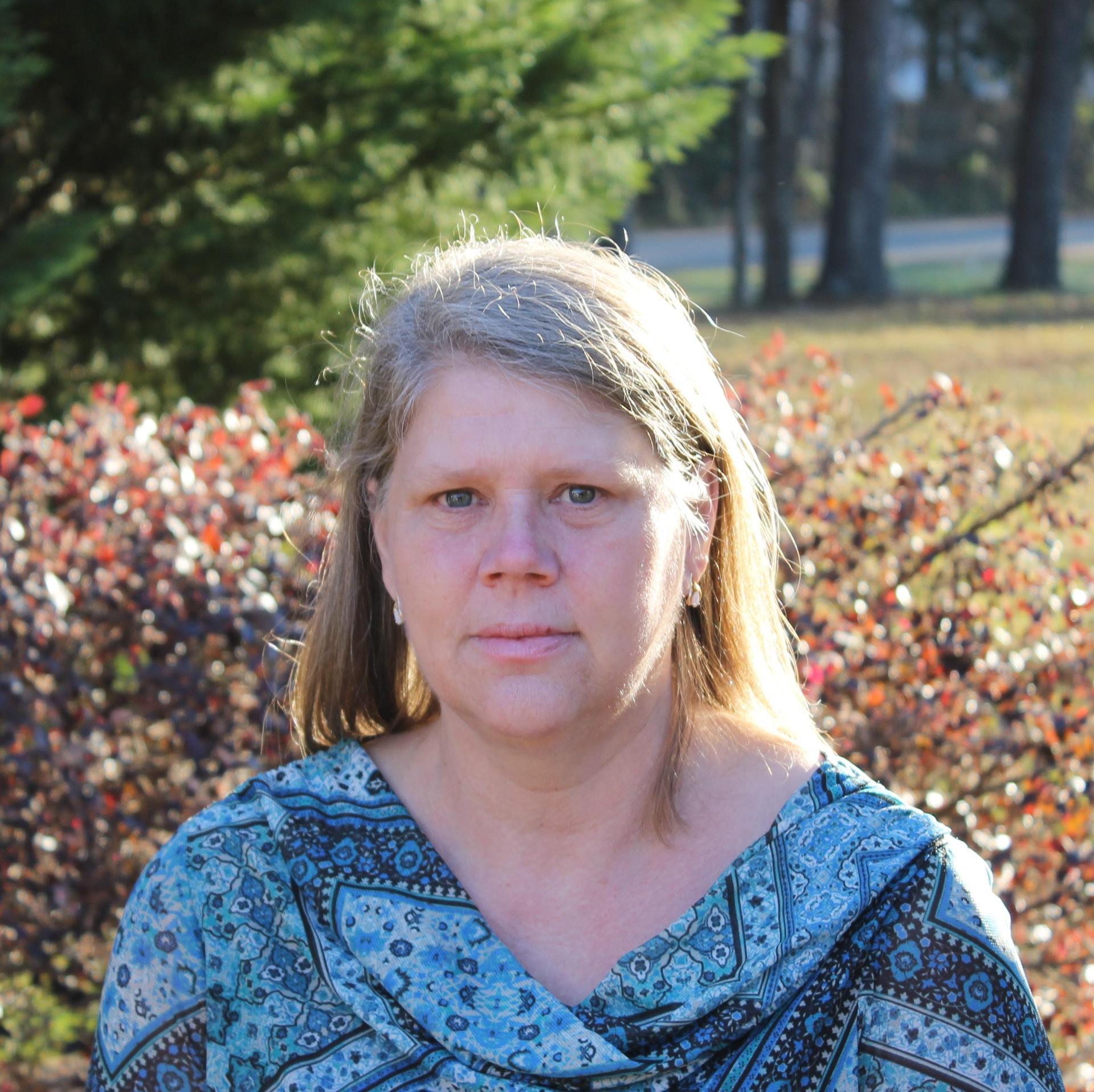 Headshot of Cindy Jeffares