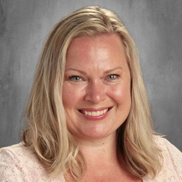 Lynnette Savage's Profile Photo