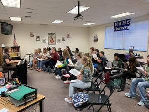 Choral class and instructor Jennifer Riska