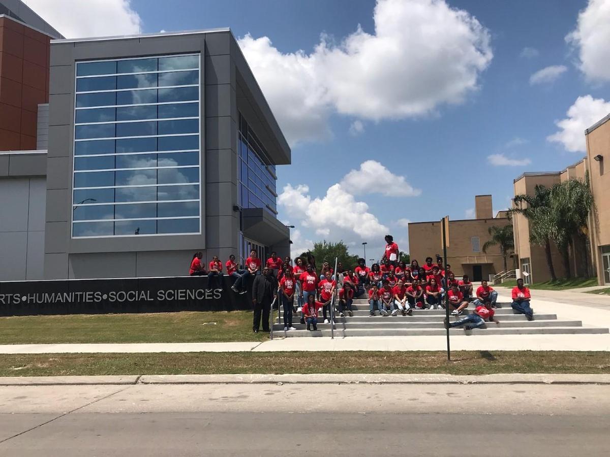 6-8th Students touring Dillard University, Tulane University, Southern University – New Orleans and Xavier University of Louisiana